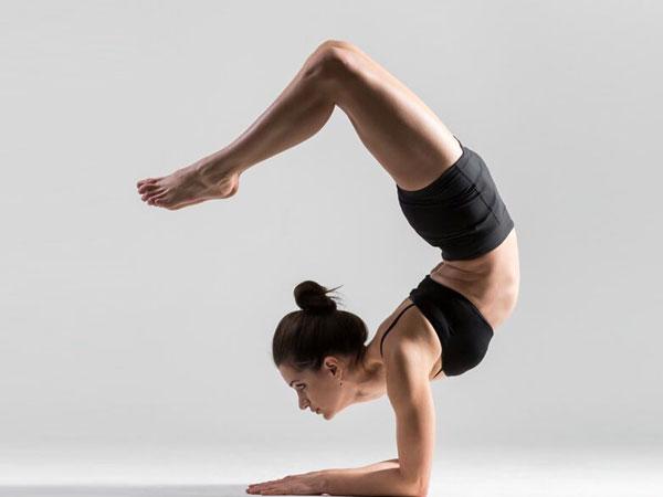 rockt-yoga-yttc